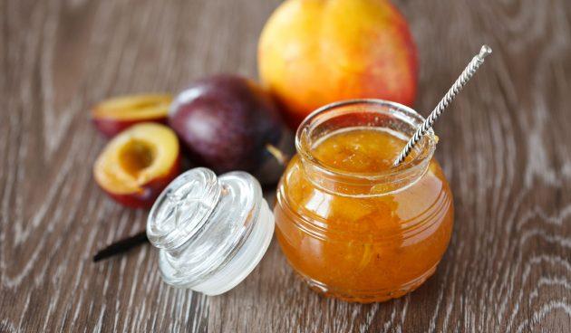 Джем из персиков и сливы с имбирём