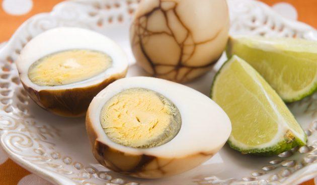 Пряные мраморные яйца