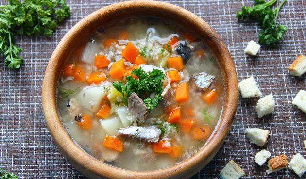 Суп из рыбных консервов с пшеном