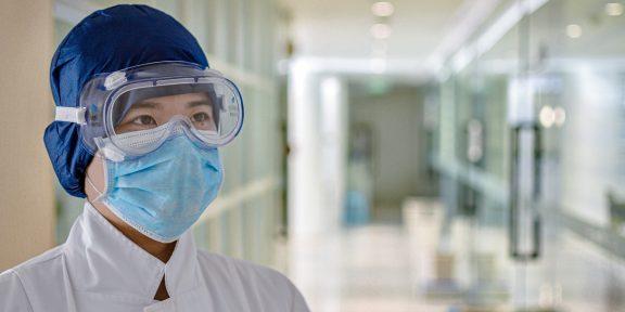 Тред: один день из жизни врача во время пандемии коронавируса