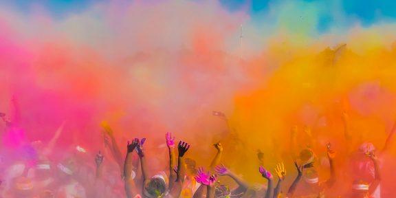 В поиске Google появилась яркая пасхалка в честь фестиваля красок Холи