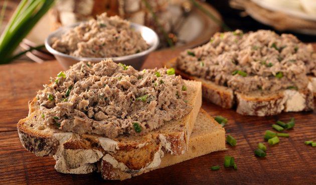 Бутерброды с пастой из тунца