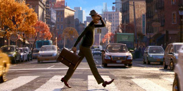 Disney и Pixar выпустили трейлер мультфильма «Душа». Он об учителе, пытающемся вернуться в своё тело