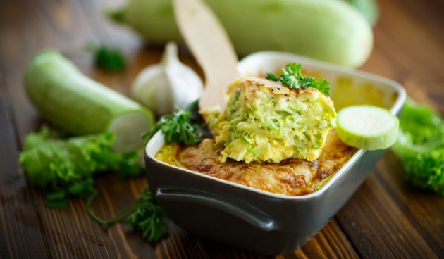 Запеканка из кабачков, риса и сыра