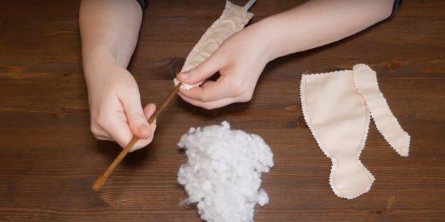 Как сшить куклу Тильду: выверните детали