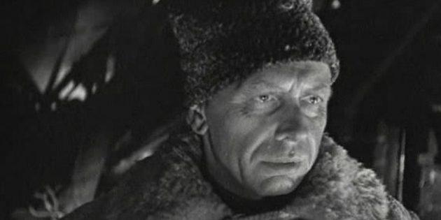 Фильмы про Великую Отечественную войну: «Живые и мёртвые»
