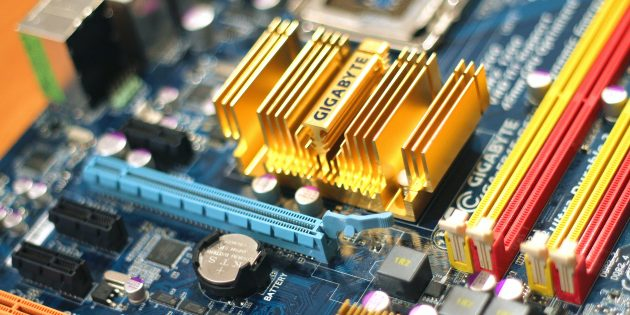 Что купить в кризис: оперативная память и накопители