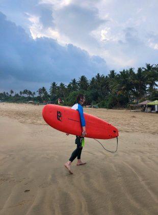 Коронавирус на Шри-Ланке: мы отдыхали, загорали, занимались сёрфингом
