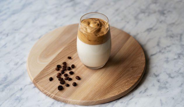 Дальгона-кофе со сливочным ликёром