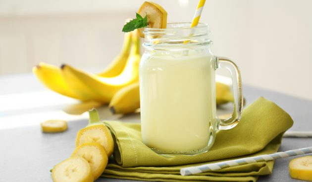 Молочный коктейль с бананом и крем-сыром