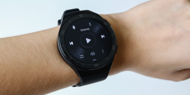 Huawei Watch GT 2e: управление музыкой