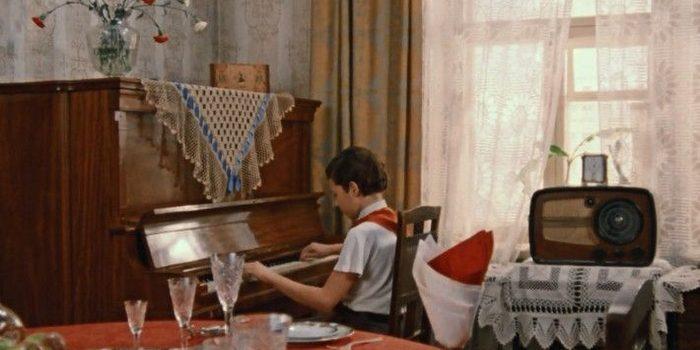 Как можно было купить жильё в СССР: интерьер советской квартиры