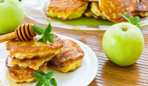 Яблочные оладьи «присканцы»