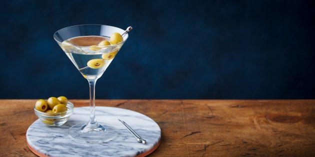 Алкогольные коктейли: «Грязный мартини»