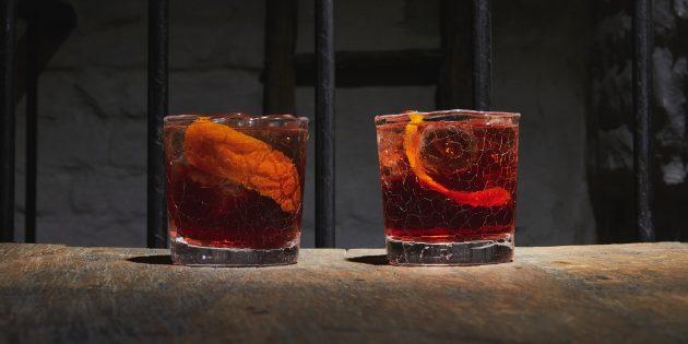 Алкогольные коктейли: «Порто-Ронко»