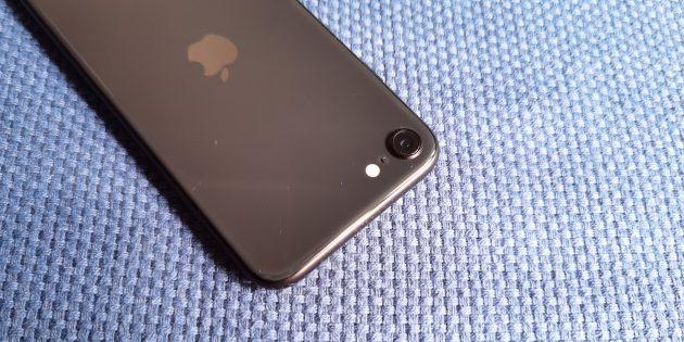 iPhone SE 2020: камера