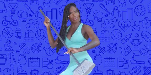 Тренировка дня: суперкомплекс со щёткой для пола