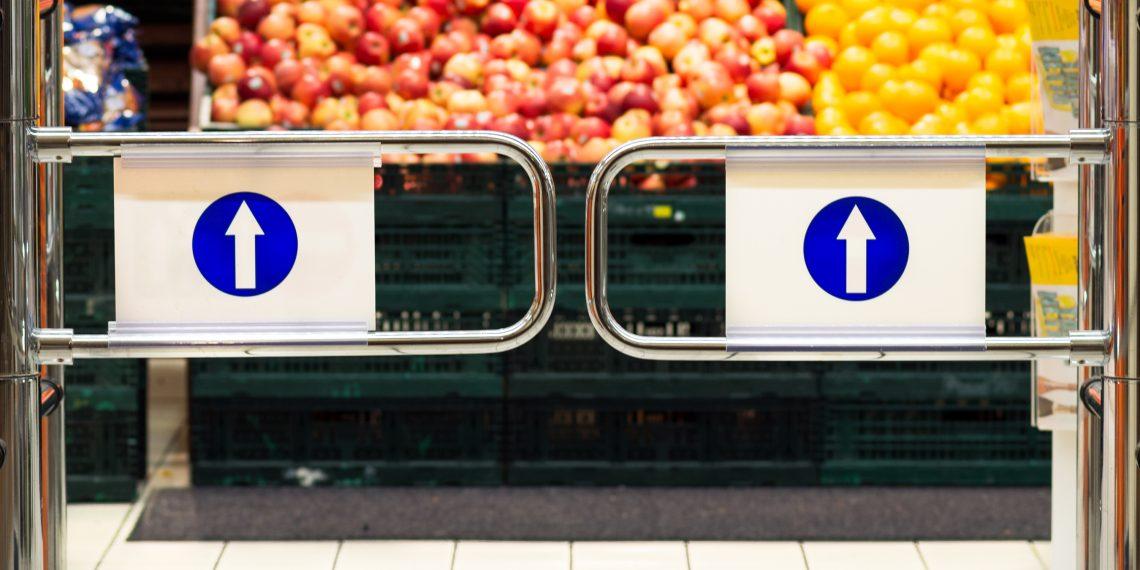 Могут ли магазины не пускать покупателей без масок или отказать им в обслуживании