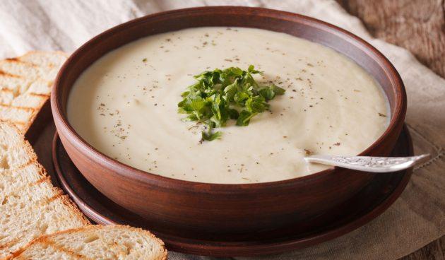 Крем-суп из цветной капусты и яблок