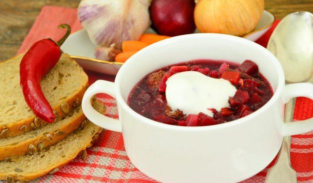 Суп с фрикадельками и свёклой