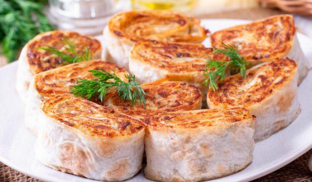 Жареные рулетики с сыром из лаваша