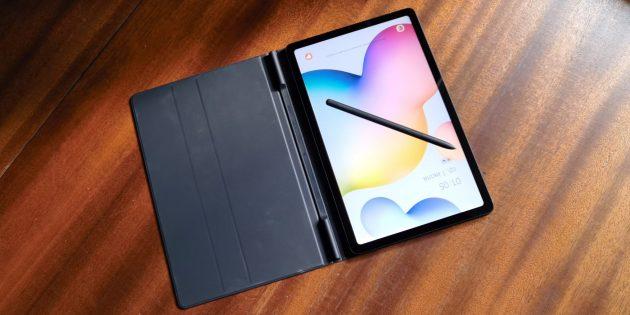 Samsung Galaxy Tab S6Lite: магнитный чехол-книжка и стилус S Pen в комплекте