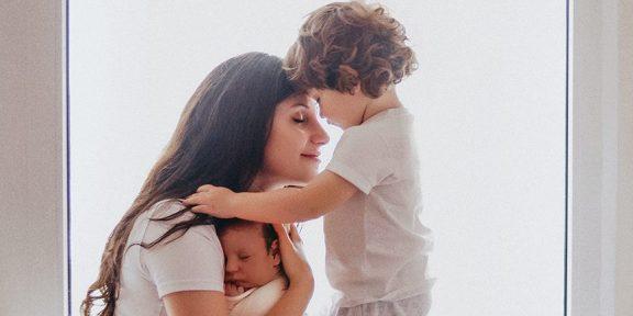 Как матери детей с синдромом Прадера — Вилли организовали фонд помощи себе и другим