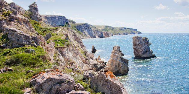 Куда поехать отдыхать на море в России: Мыс Тарханкут, Чёрное море, Крым