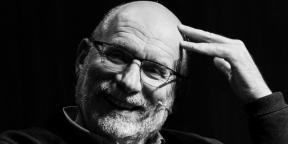 «Ты приносишь в жертву выдуманного человека, чтобы отвести беду от живых людей»: интервью с писателем Борисом Акуниным