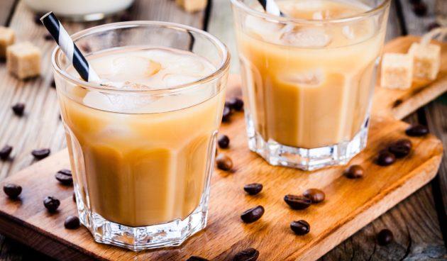 Холодный кофе со сгущёнкой
