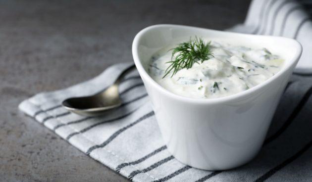 Турецкий йогуртовый соус хайдари