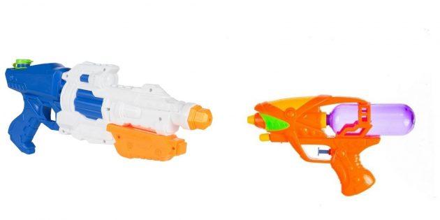 Что подарить мальчику на 5лет на день рождения: водяной пистолет или бластер
