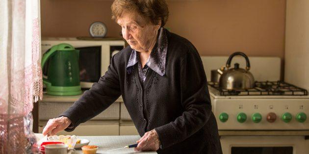 помощь пожилым людям в организации быта: позаботьтесь о безопасности газовой плиты