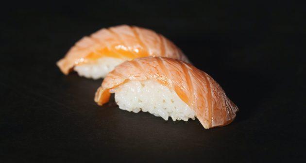 Любимые блюда: суши