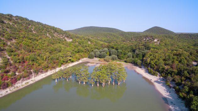 Достопримечательности Анапы: озеро Сукко (Кипарисовое озеро)