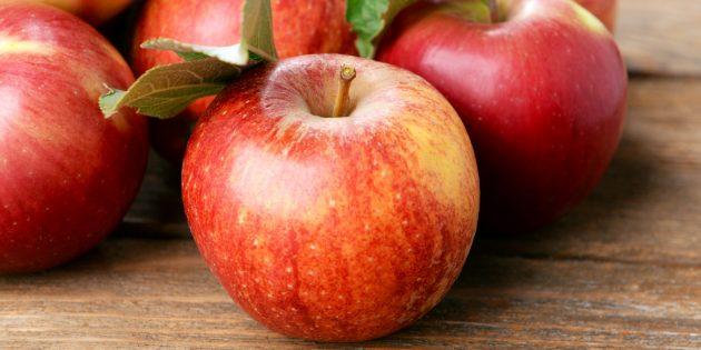 Продукты с высоким содержанием клетчатки: яблоки