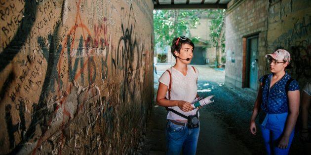 Достопримечательности Астрахани: стена Цоя