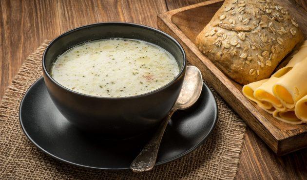 Сырный суп с лесными грибами