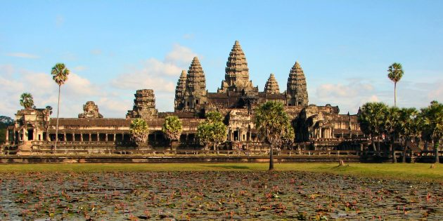 памятники архитектуры: Ангкор-Ват