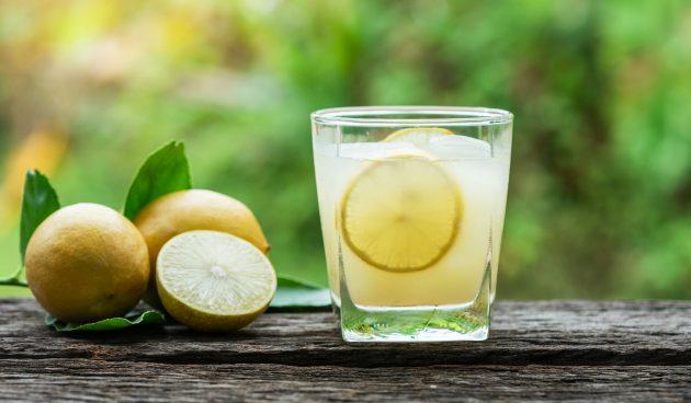 Компот из дыни с лимоном