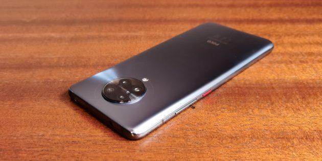 Тыльные камеры Xiaomi Poco F2Pro сгруппированы в выступающей шайбе