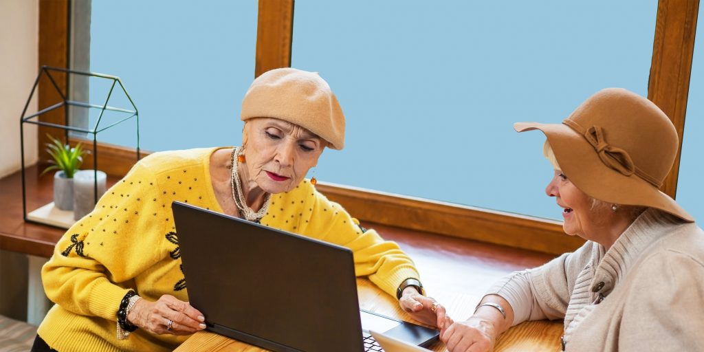9 программ, которые нужно установить на компьютер ваших родителей