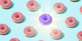 Тест на зоркость: какая коробка пончиков отличается от всех остальных?