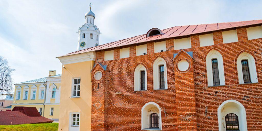 Достопримечательности Великого Новгорода: Грановитая (или Владычная) палата