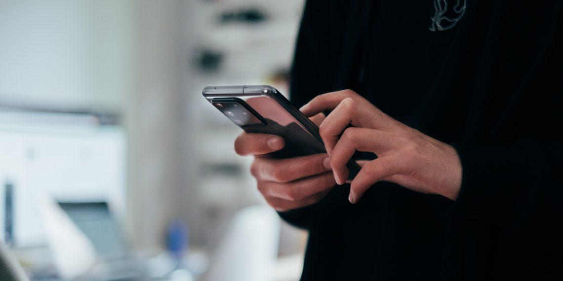 «Найти телефон» в смартфонах Samsung работает без интернета