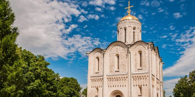 Какие достопримечательности Владимира посмотреть: Дмитриевский собор