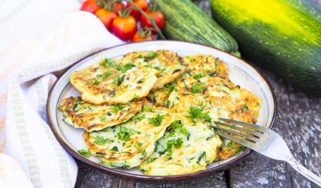 Оладьи из кабачков с творогом и сыром