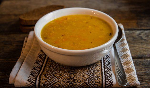 Гороховый суп с грибами и сыром