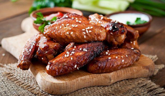 Запечённые куриные крылышки по-корейски