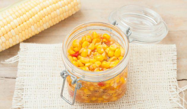 Маринованная кукуруза с острым перцем и кориандром